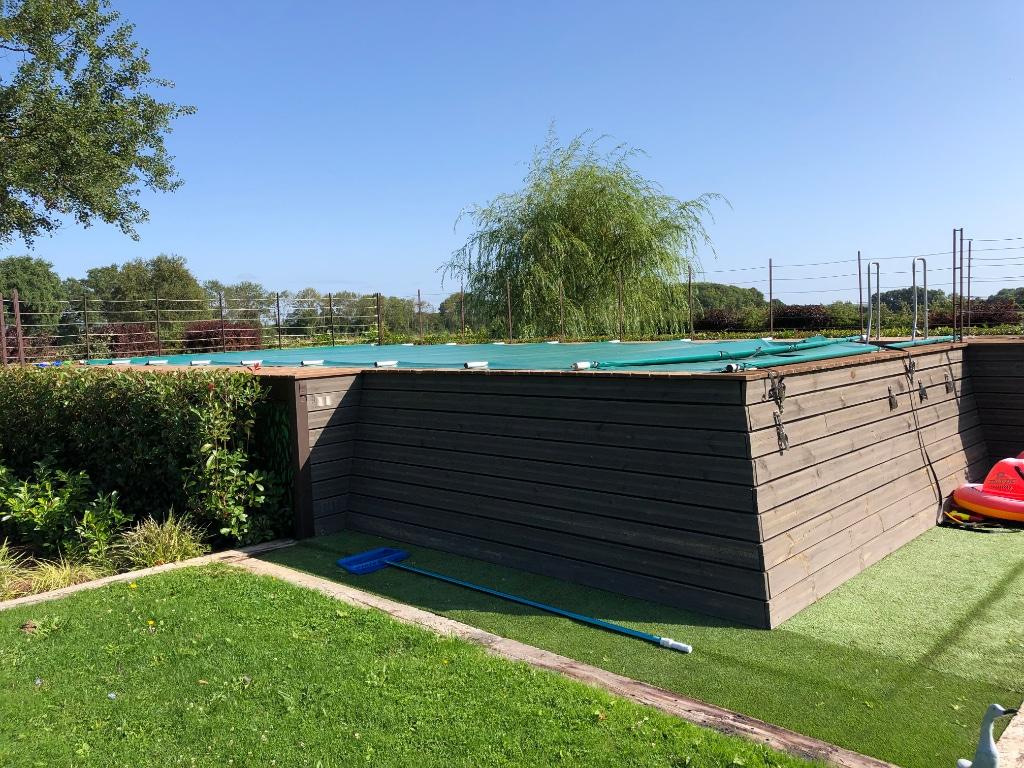 piscine-propriete-perche-a-vendre