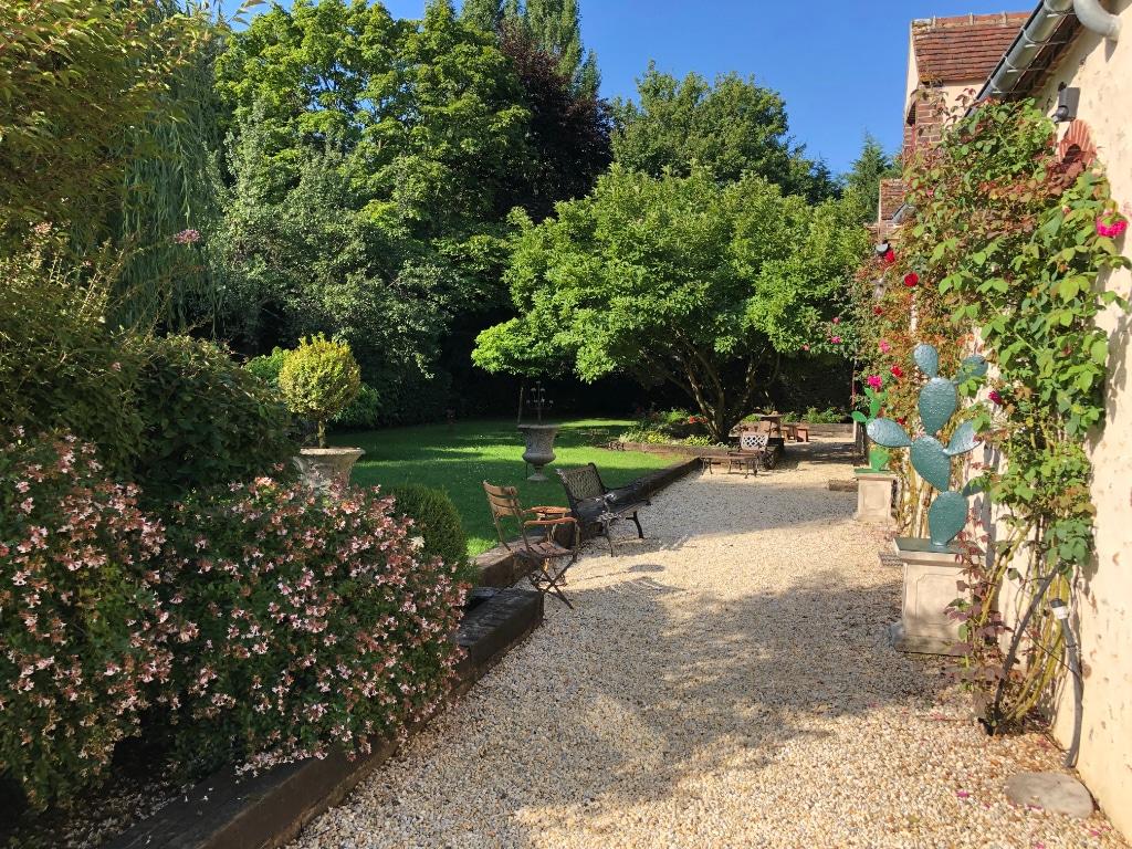 jardin-propriete-perche-a-vendre