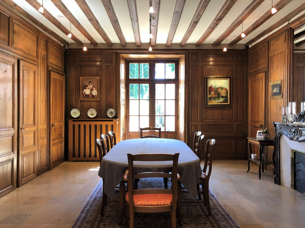 salle-belle-demeure-a-vendre-ferte-bernard