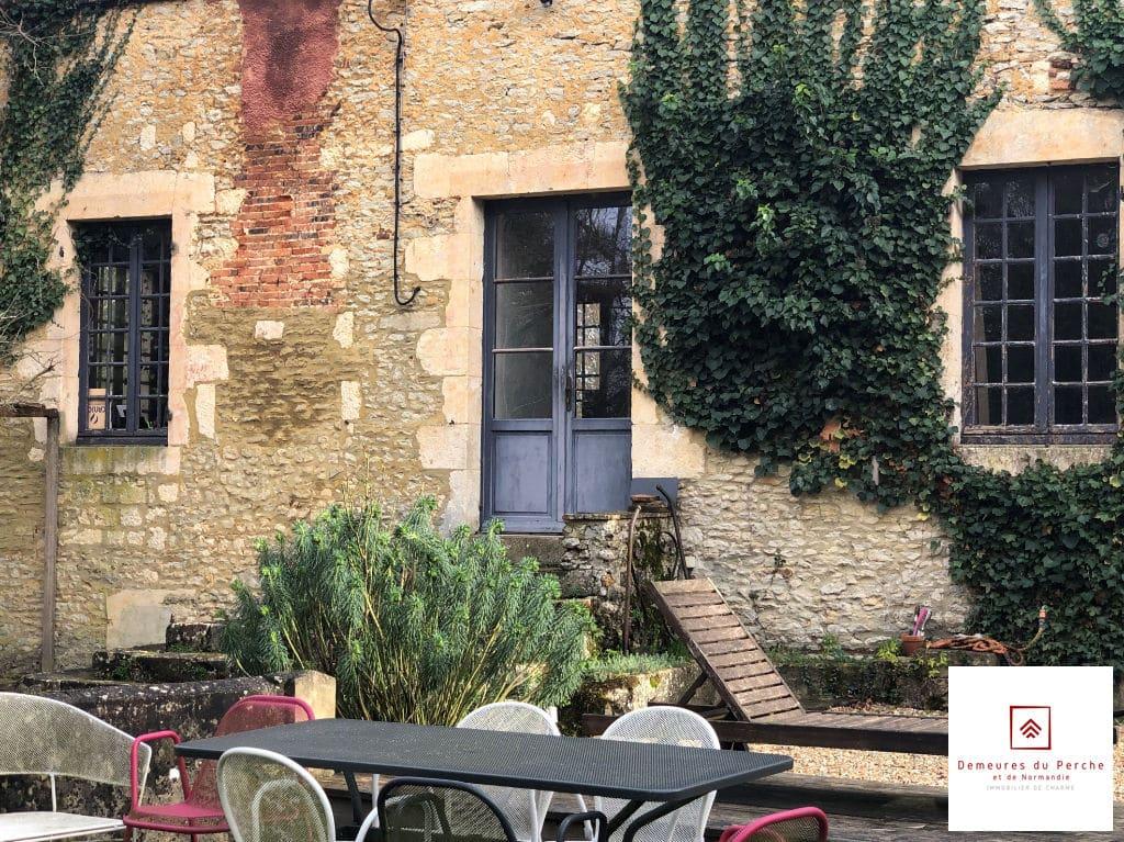 facade-moulin-a-vendre-perche