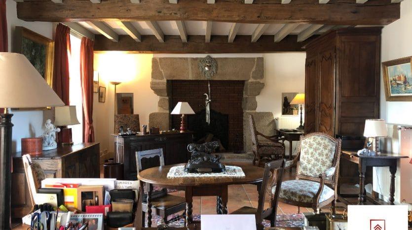belle-demeure-a-vendre-alencon-salon