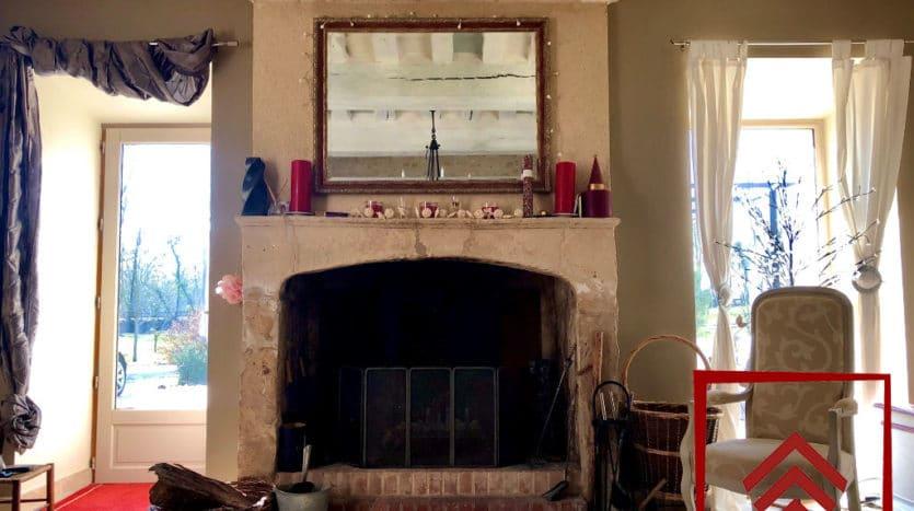 presbytere-a-vendre-sees-cheminee