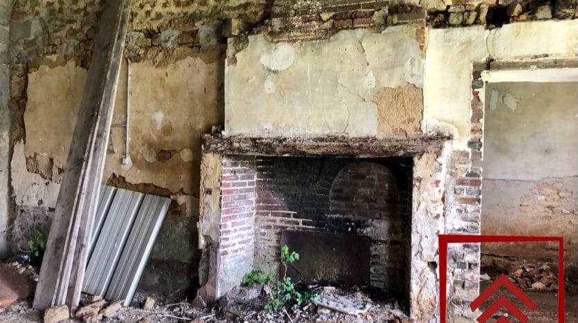 longere-perche-a-vendre-cheminee