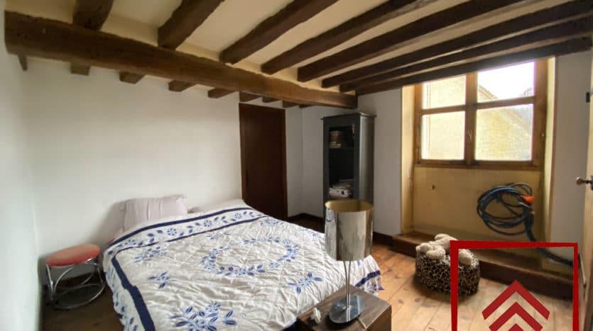 maison-de-ville-a-vendre-belleme-chambre2