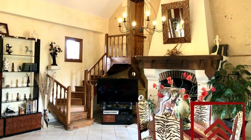 longere-a-vendre-mortagne-au-perche-escalier