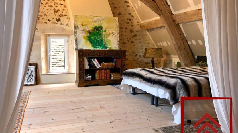 presbytere-a-vendre-l-aigle-escalier-chambre-chambre-grande