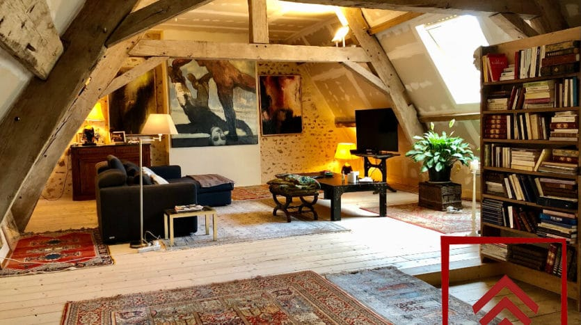 presbytere-a-vendre-l-aigle-escalier-chambre-chambre-etage
